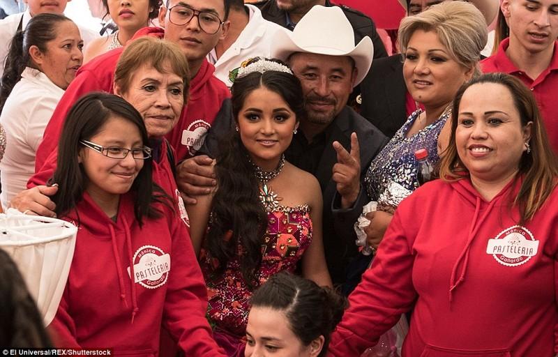 Порно с маленькими детми в мексике