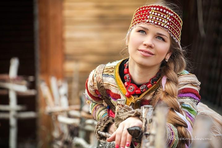 Якутские девушки с длинными косами фото