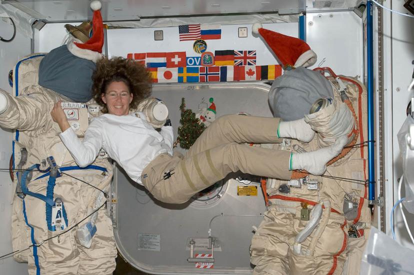 Космонавты занимаются сексом порно