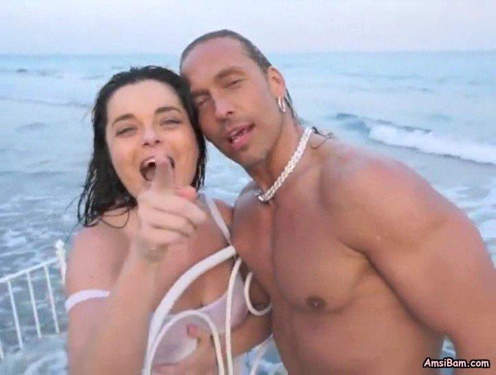 Видео королевой и тарзана секс